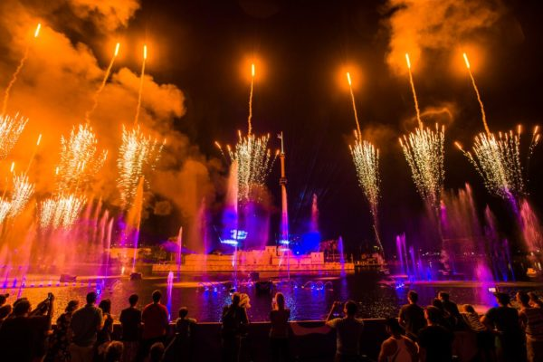 SeaWorld Orlando brings back Electric Ocean