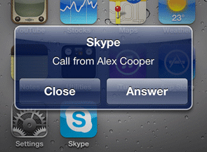 Skype-for-iPhone-incoming-call-1-1
