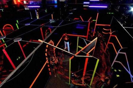 activité laser game et soirée chippendales