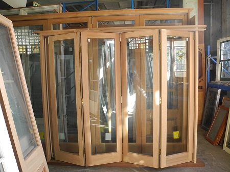 new byfold doors joinery