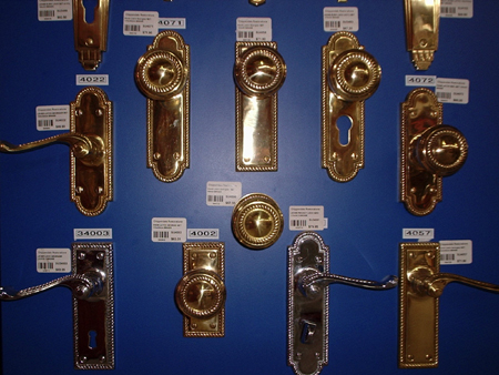 door knobs and lever handles hardware cabinet door window furniture brass stainless satin chrome aged brass