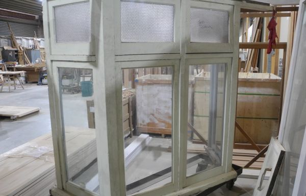Original Bay Window  008
