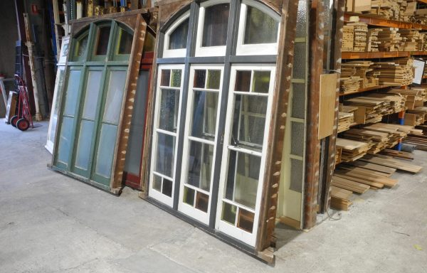 Arched Triple Casement windows with Fanlights   045