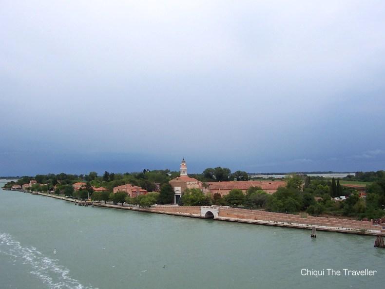 Venecia canales nublado