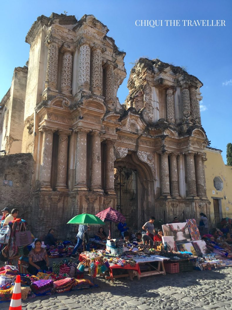 Mercado iglesia del carmen