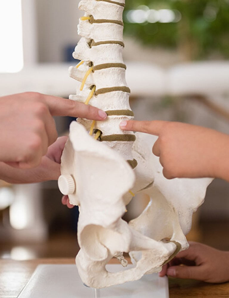 Thoracic-Spine-Pain