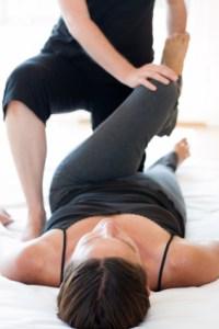 physio-leg-stretch