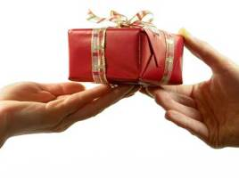 7 Gift Giving Tips Guaranteed To Help You Choose A Gift That Will Be Appreciated