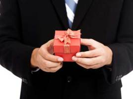 Ways To Choose Your Christmas Corporate Gifts