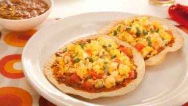 receta-tostadas-maiz-horneadas-sanissimo-huevo-mexicana