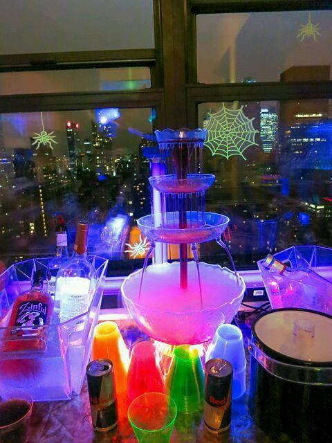 Decoraciones Para Fiestas Con Temática En Neon Chispiscom