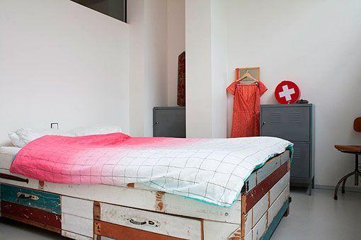 Muebles reciclados para decoraciones retro industriales - Dormitorios reciclados ...