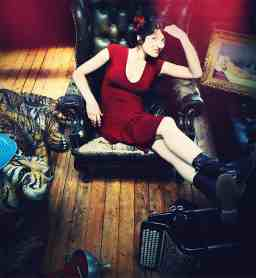 Chloé Lacan - Plaisirs Solitaires