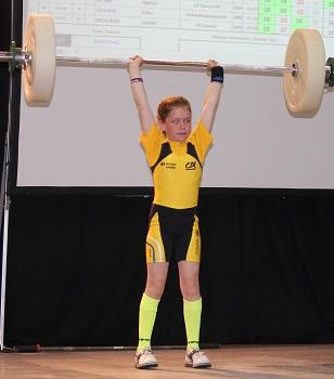 Trop facile, j'ai des regrets, de ne pas avoir mis plus lourd! Bravo pour cette belle 2ème place E.jeté 33kg / Total 106kg Vice-Championne de France U13 cat 36kg