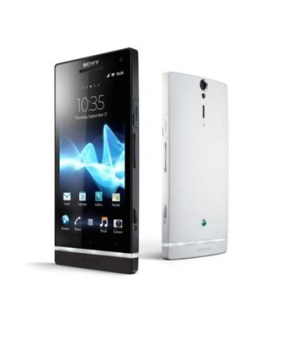 İlk Sony Xperia Sahnede