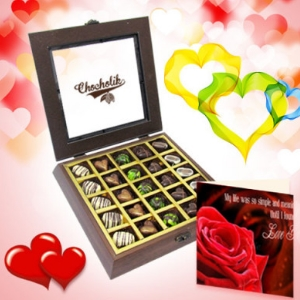 25 Pc Divine Chocolate Box With Love Card