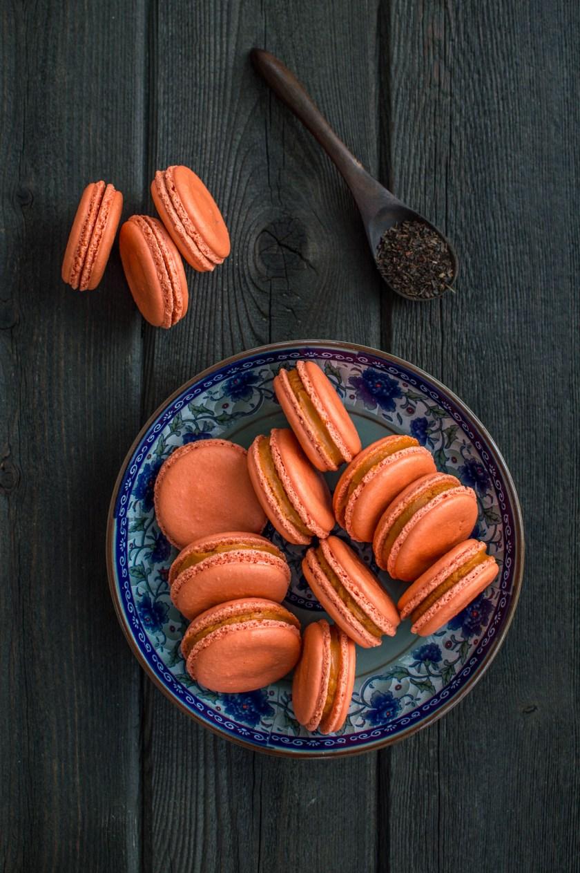 thai-milk-tea-macarons-4
