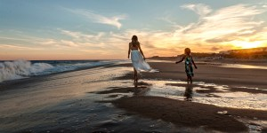 50 Family Photos that Will Have You Headed to Montauk Before the Summer is Over