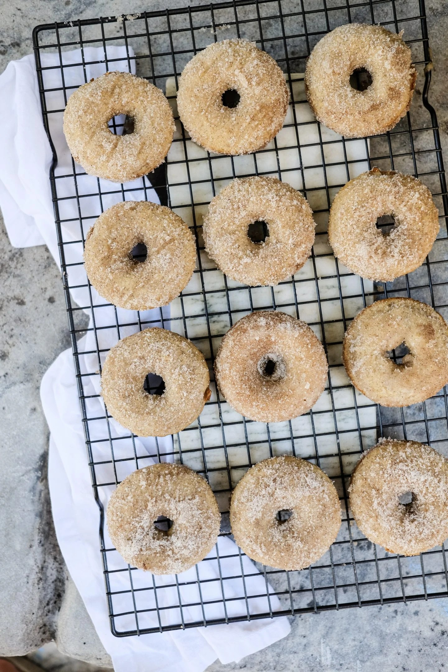 Lifestyle Blogger shares her recipe for Apple Cider Cinnamon Sugar Donuts.