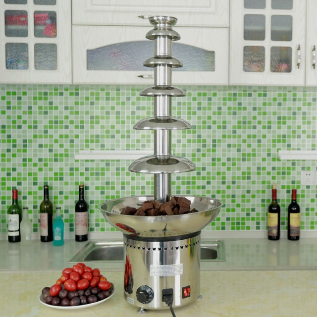 CF33A 6 tiers Chocolate Fountain hold 6 kgs chocolate melting in the bowl