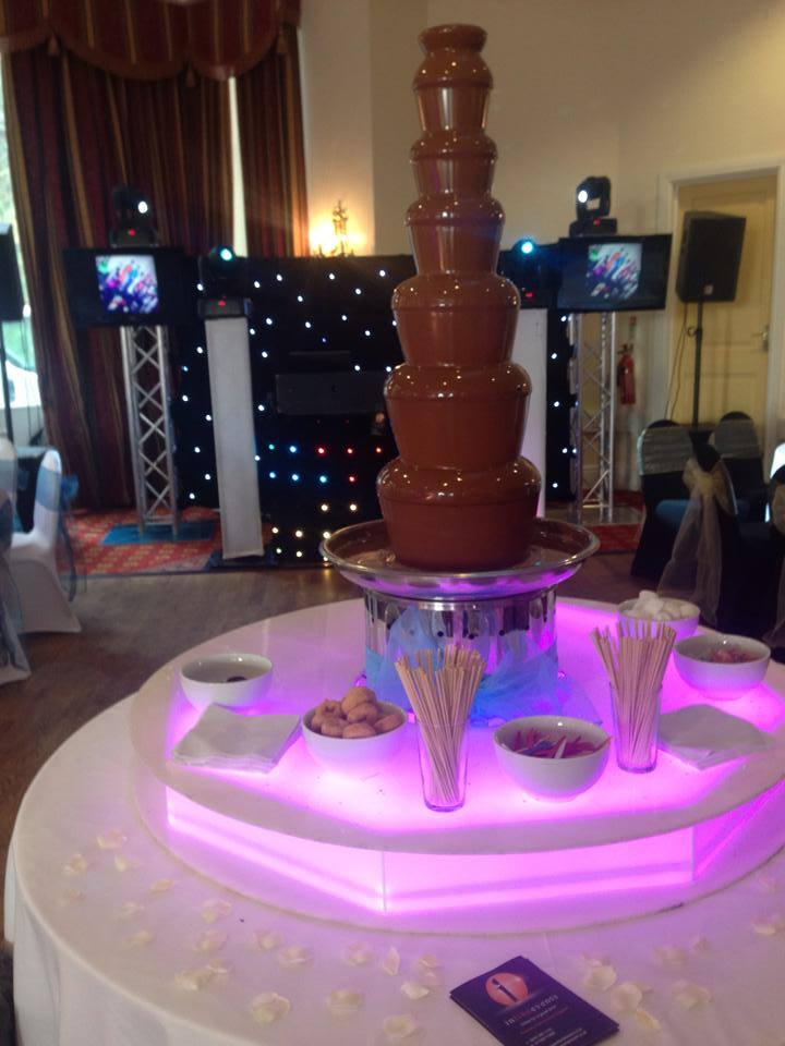 Chocolate Fountain for Rental