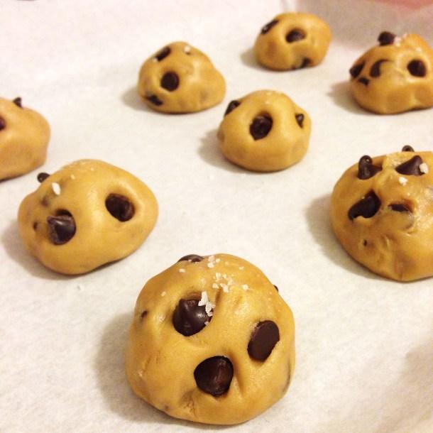 Chocolate Chip Cookies, dough, dough ball, baking, chocolate, recipe