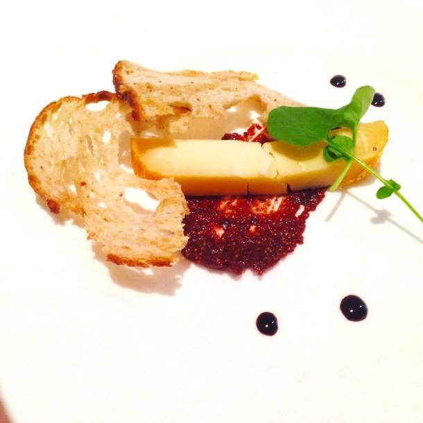 cheese plate, fig jam, auberge du pommier, winterlicious, toronto, canada, restaurant review, review, restaurant, dessert
