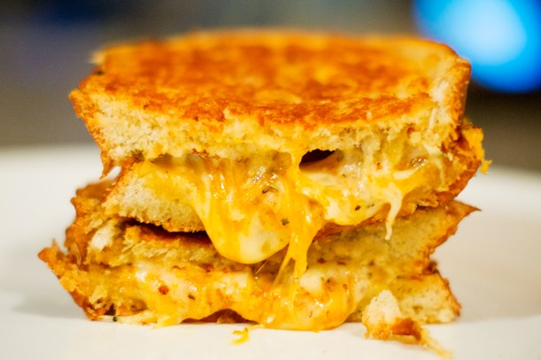 Grilled Cheese sandwich, grilled cheese, cheese, sandwich, recipe, easy lunch, perfect, foodporn, delicious, yummy, quick recipe, gruyere, cheddar, brie, grilled cheese recipe