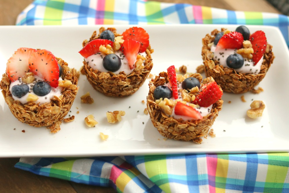 Easy Granola Cups with Fruit & Yogurt {& Tips on Staying Hydrated}