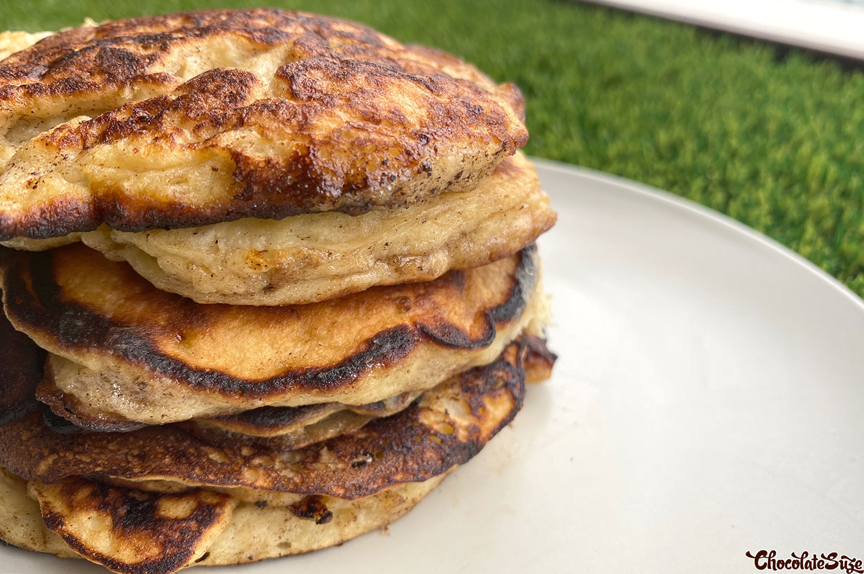 Super Easy Banana Pancakes