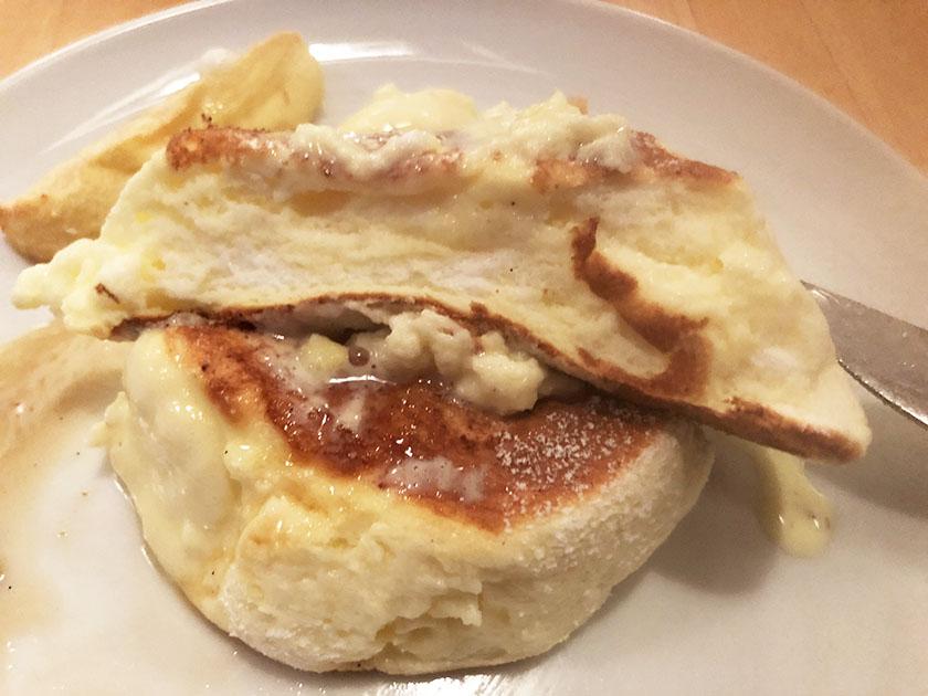 『ドレモルタオ』の「パンケーキメープル&ローストアップル」断面図ふわふわ