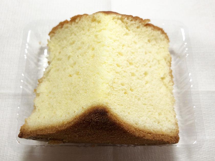 『セブンカフェ』の「ふんわりシフォンケーキ」キメ細やか