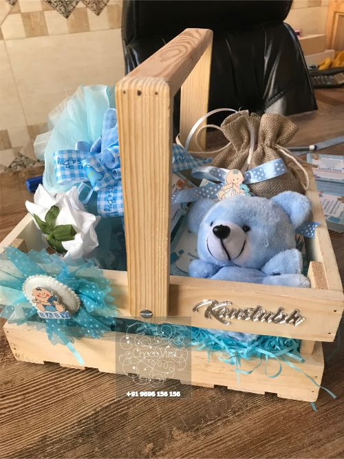 new baby announcement hampers for baby boy and baby girl