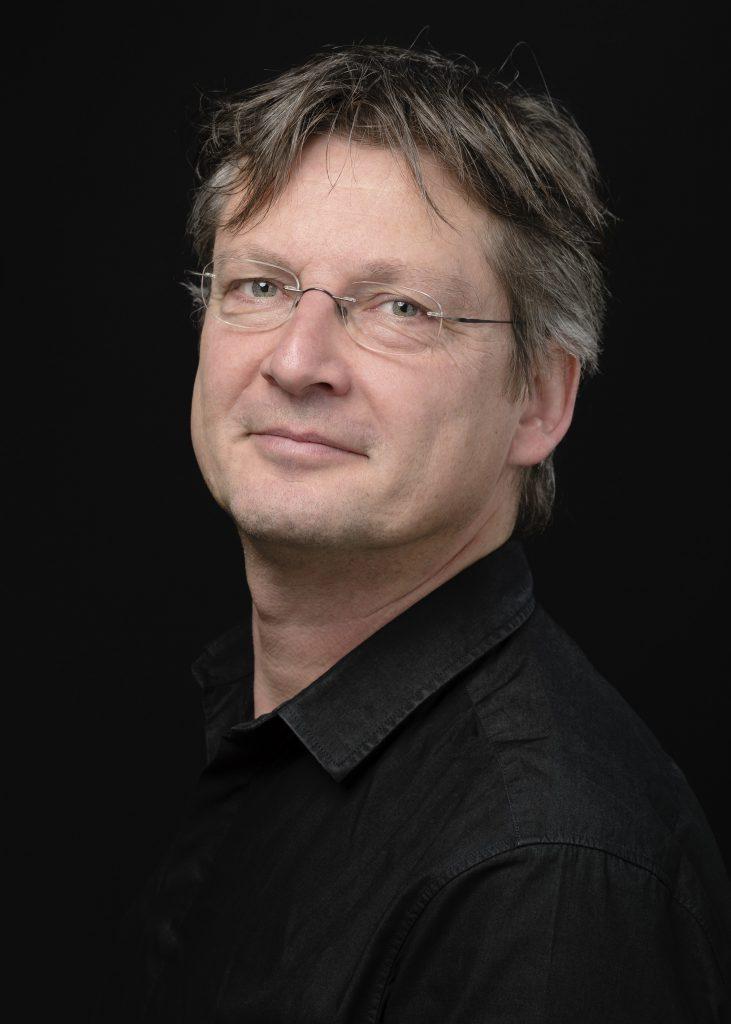 Renaud Bouvier, musicien, chef d'orchestre et chef de chœur. Portrait réalisé à la BCU Lausanne, le 16 février 2016.