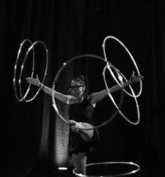 Maryeve Gaudreau Circus Artist, hula hooper, pole dancer