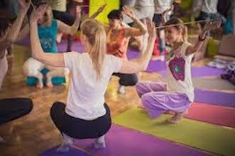 Kid Yoga plan class with Weather and Season theme