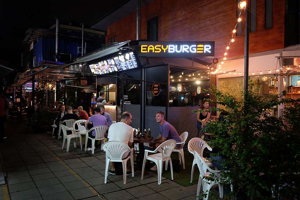 Easy Burger Bangkok