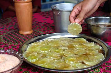 Limes with salt and honey