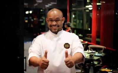 """Thai Iron Chef """"Pom"""" Elevates Classic Chinese Cuisine!"""