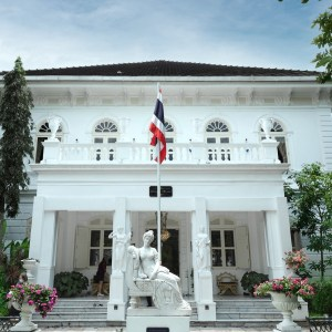 Deva Manor – A Little Known Thai Historical Palace