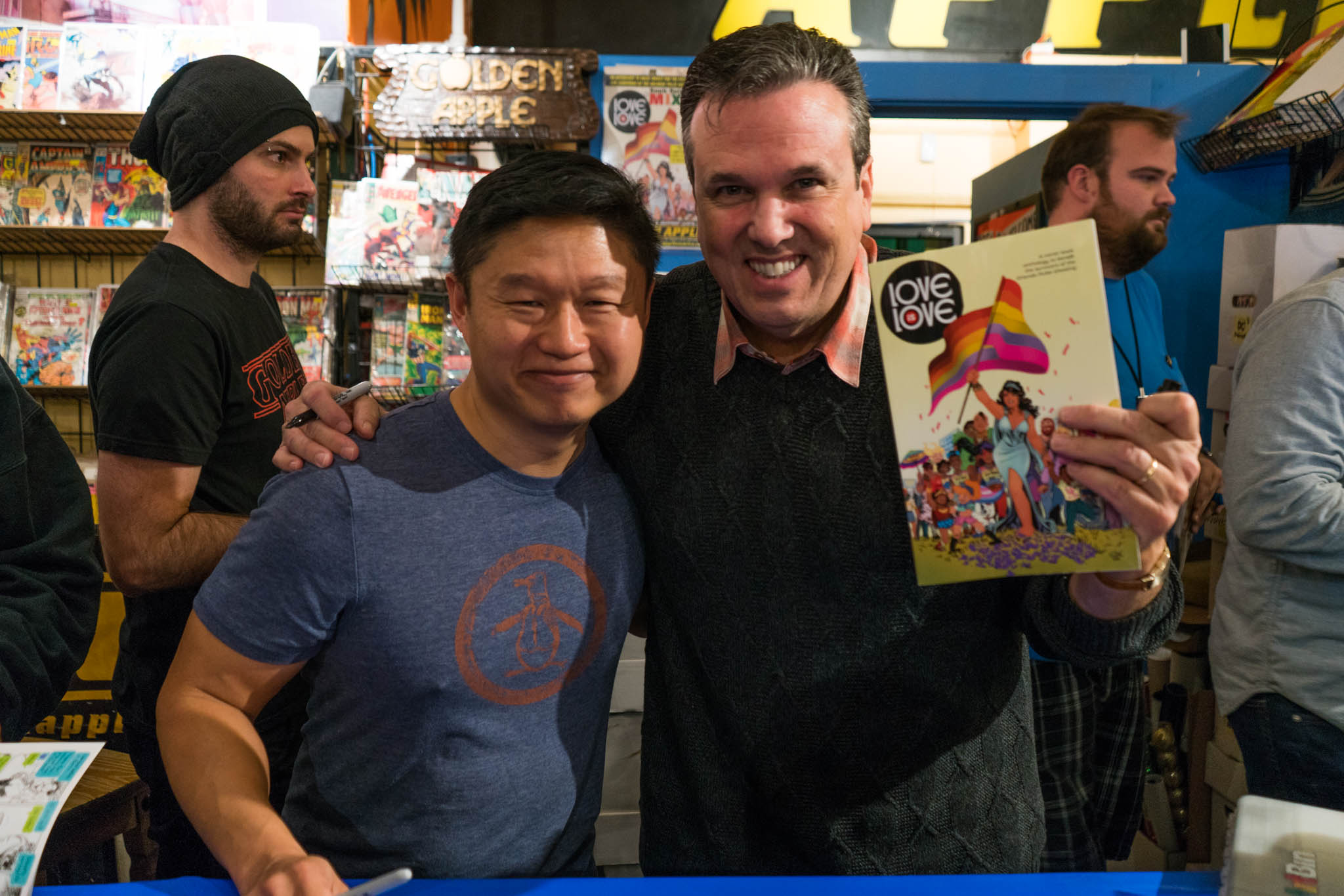 Love Is Love, Golden Apple Comics, Marc Andreyko, DC Comics, IDW Publishing, Crowd, Autograph, Bill Morrison, Chuck Kim