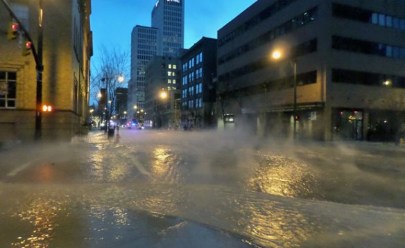 downtown-columbus-water-main-break-jan-2014-11