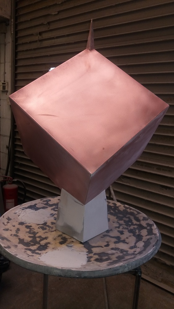 dice-garden-sculpture-8