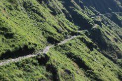 A narrow mountain pass in Uttarakhand, India.