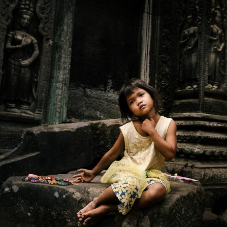 Girl_at_Ta_Prohm