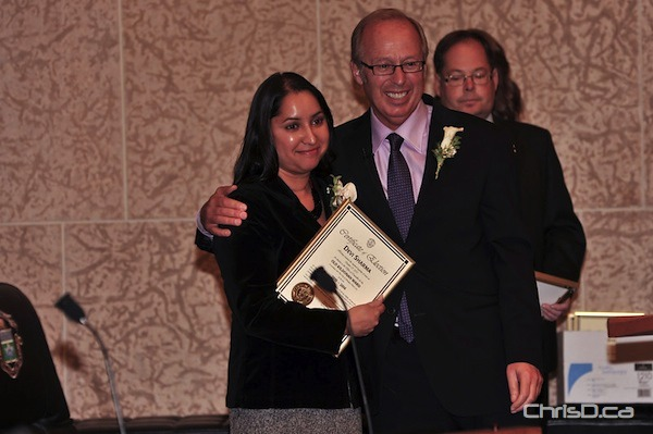 Old Kildonan Councillor Devi Sharma and Mayor Sam Katz (TED GRANT / CHRISD.CA FILE)