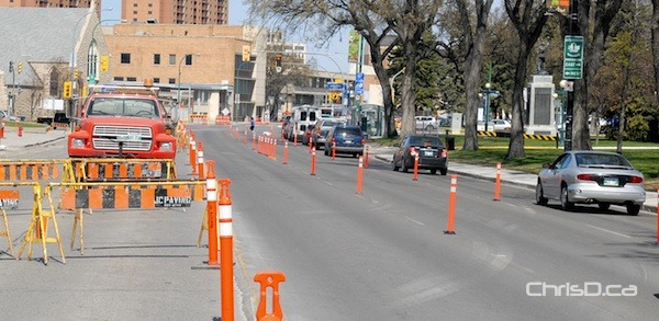 A stretch of Osborne Street heading northbound is marked off for construction on Monday, April 23, 2012. (STAN MILOSEVIC / MANITOBAPHOTOS.COM)