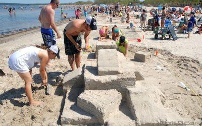 Grand Beach Hosts Sand Castle Build-Off