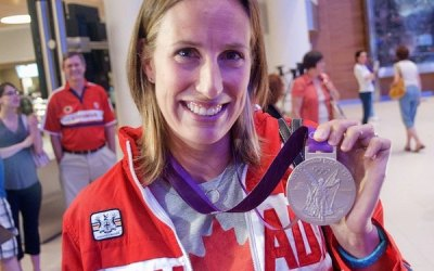 Silver Medallist Janine Hanson Returns to Winnipeg