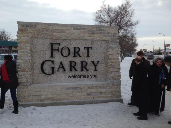 The new Fort Garry Sign was unveiled on Dec. 13, 2013. (METRO WINNIPEG/ZACH PETERS)